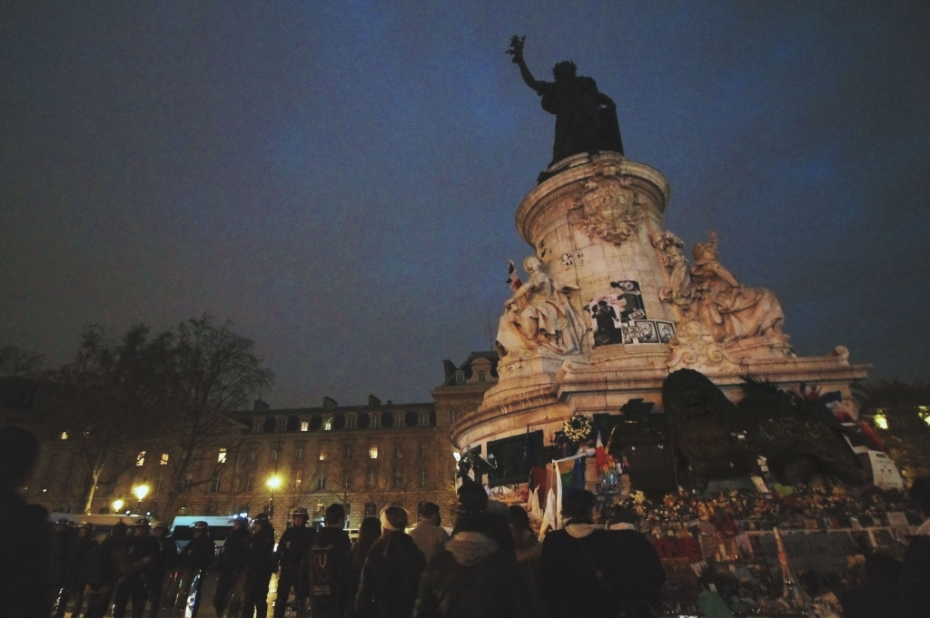 Le Place Republique 29 Nov