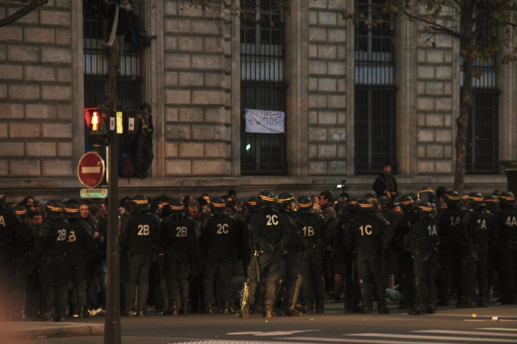 Le Place Republique Police Corner Nov 29